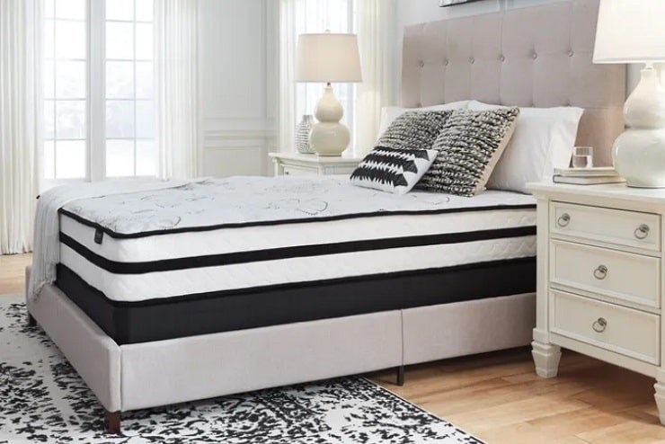 The Ashley Chime Hybrid 10 Inch Mattress.