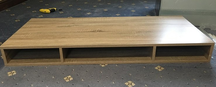 The top unit of the B&M Michigan desk fully assembled. (Custom image: Bedroom Style Reviews).