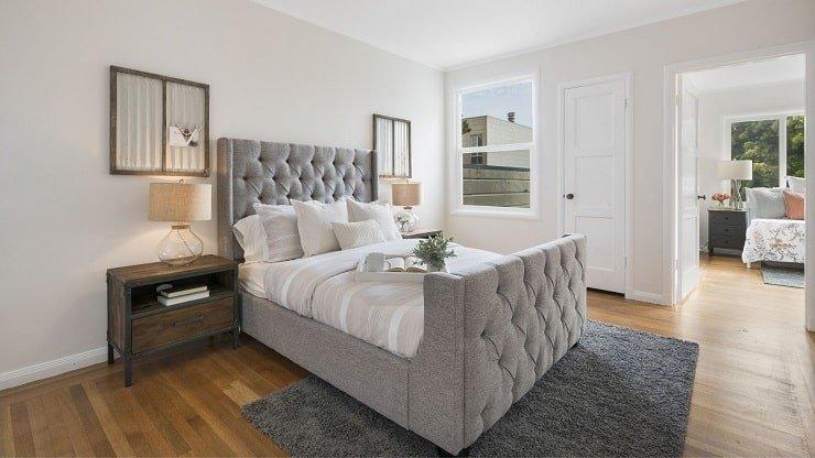 Ornate Centerpiece Bedroom Design