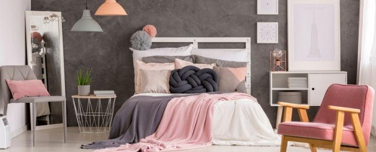 College Dorm Room Design Idea for a Girl
