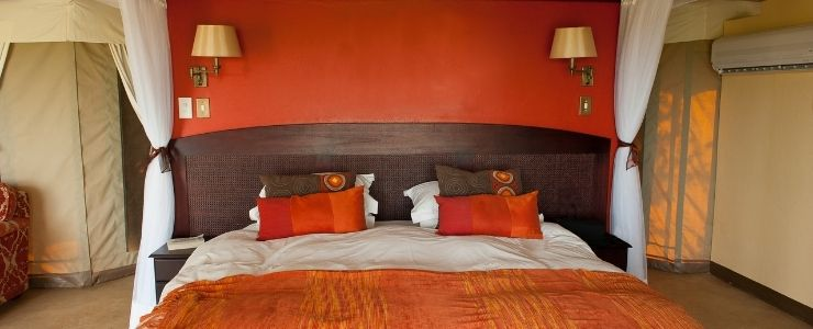 African Themed Bedroom With Warm Tones