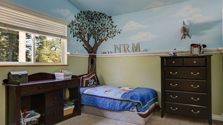 Custom Wall Art in Small Kid's Bedroom