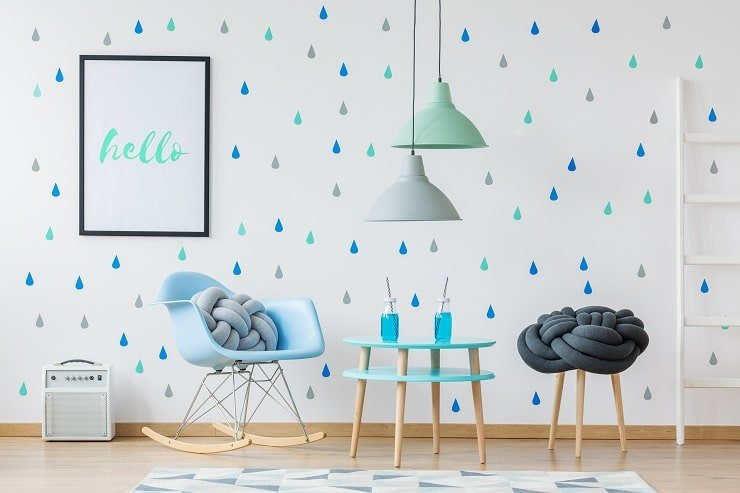 10 Year Old Girl's Bedroom With Raindrop Accent Wall