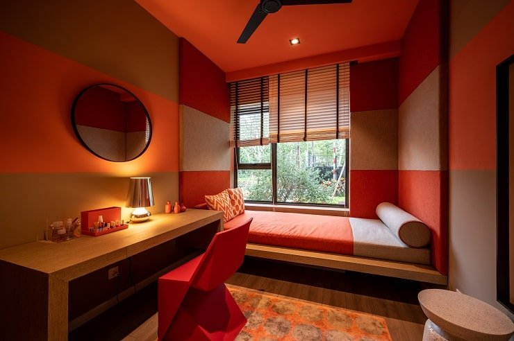 10 Year Old Girl's Bedroom With Bold Colors