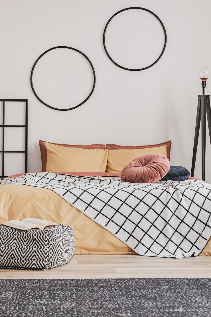 10 Year Old Girl's Bedroom With Geometric Patterns