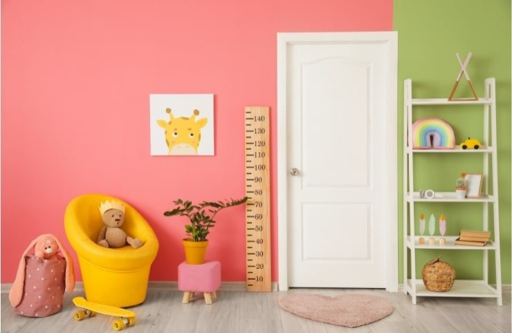 Boy's Small Bedroom With Two Tone Colors