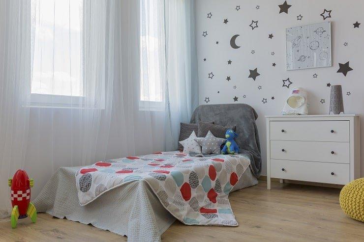 Themed Boy's Small Bedroom