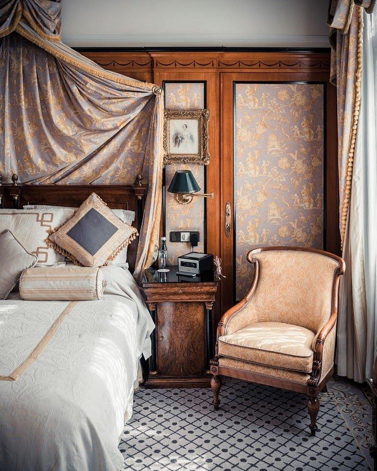 Dark Academia Bedroom Bedding